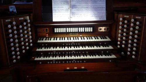 Console (1)